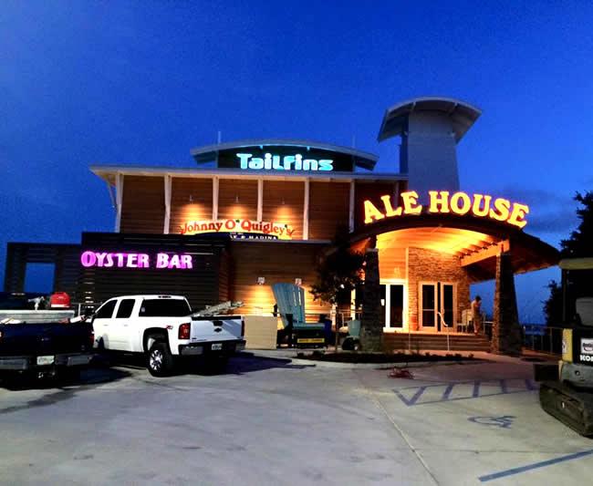 Tailfins Ale House & Oyster Bar