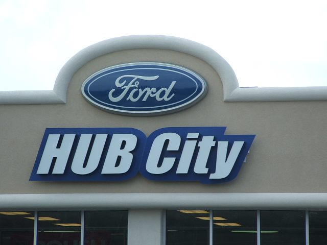 hub city ford – signs galore
